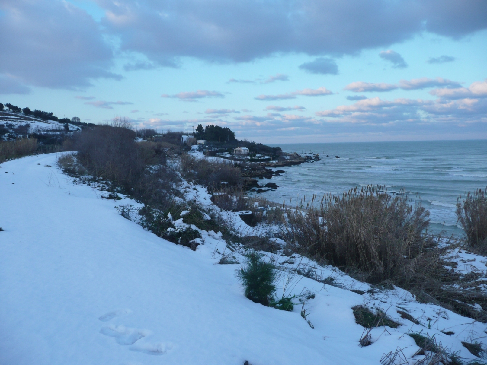 Foto Neve e  Mare: Costa abruzzese, Vasto (Ch)-p1040007.jpg