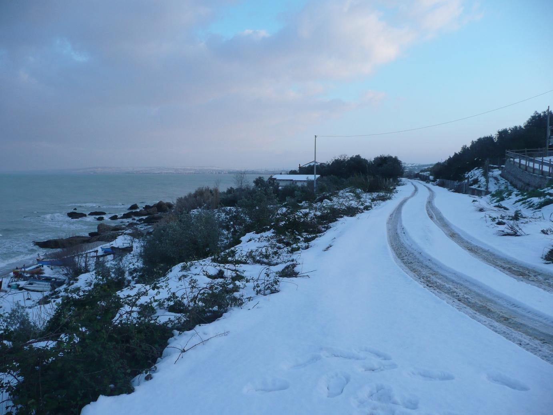 Foto Neve e  Mare: Costa abruzzese, Vasto (Ch)-p1040009.jpg