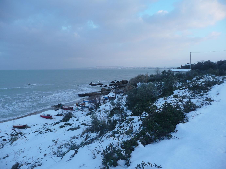 Foto Neve e  Mare: Costa abruzzese, Vasto (Ch)-p1040011.jpg