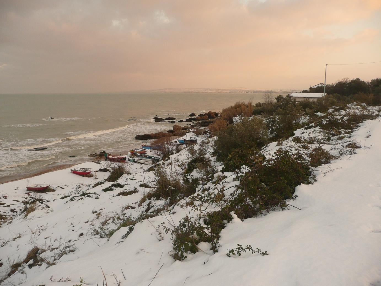 Foto Neve e  Mare: Costa abruzzese, Vasto (Ch)-p1040012.jpg