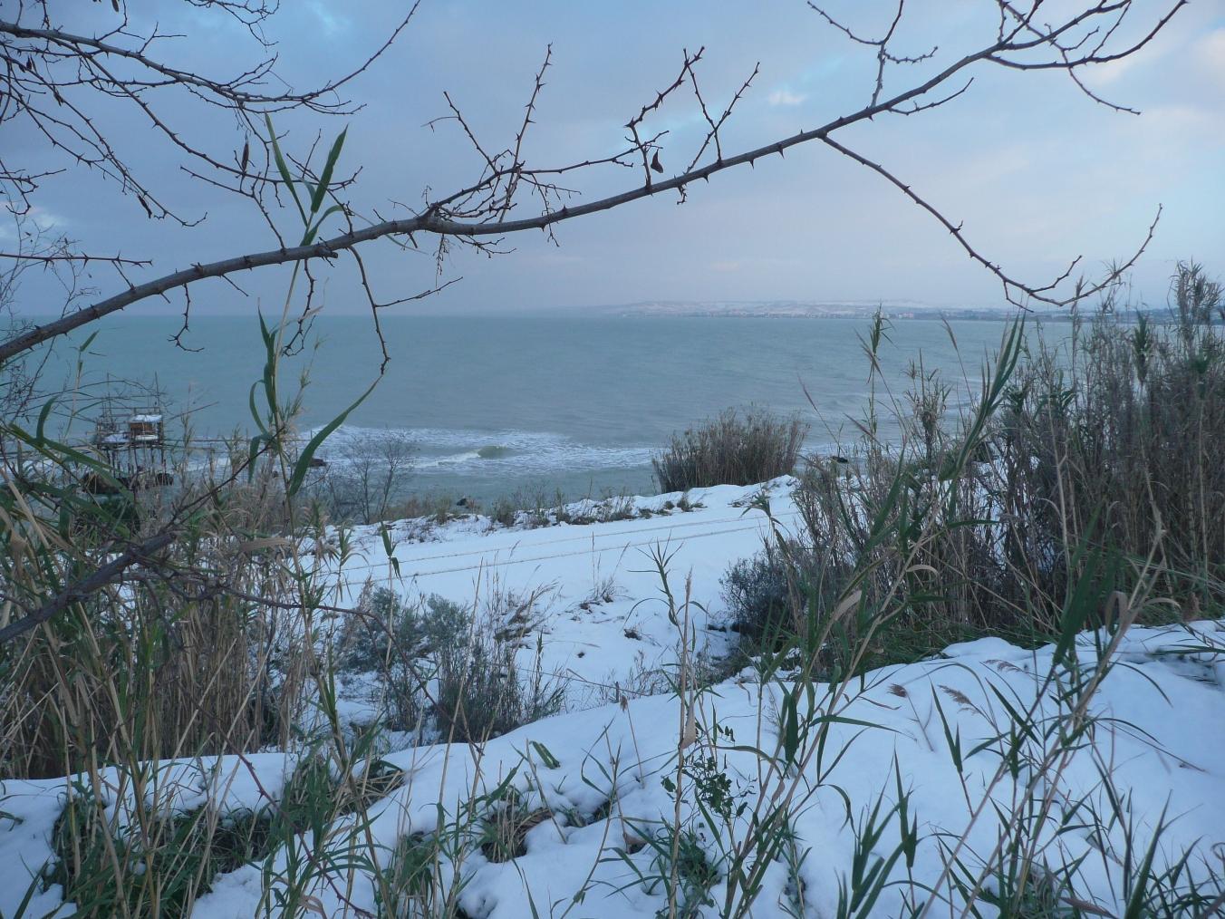 Foto Neve e  Mare: Costa abruzzese, Vasto (Ch)-p1040005.jpg