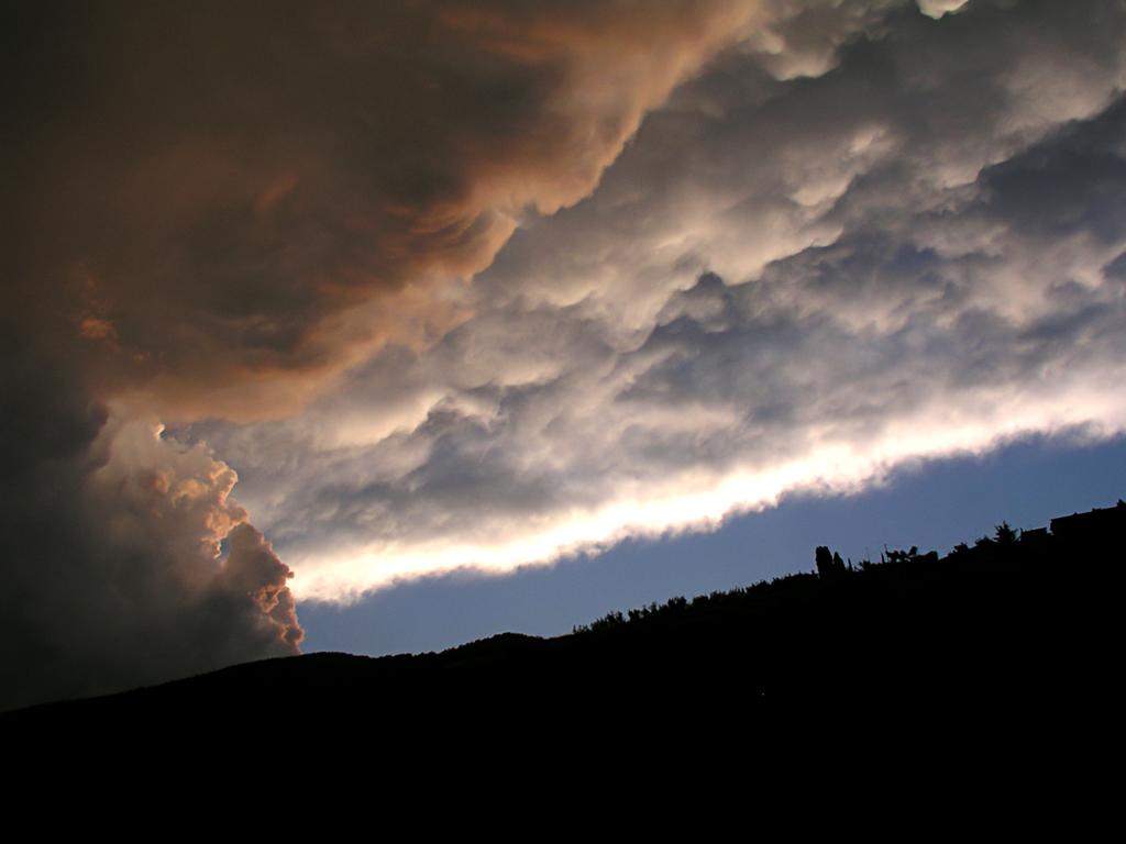 Tutte le Nuvole Qui-p6070186.jpg