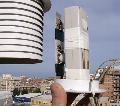 Autocostruzione schermi solari-stazione-meteo-002.jpg