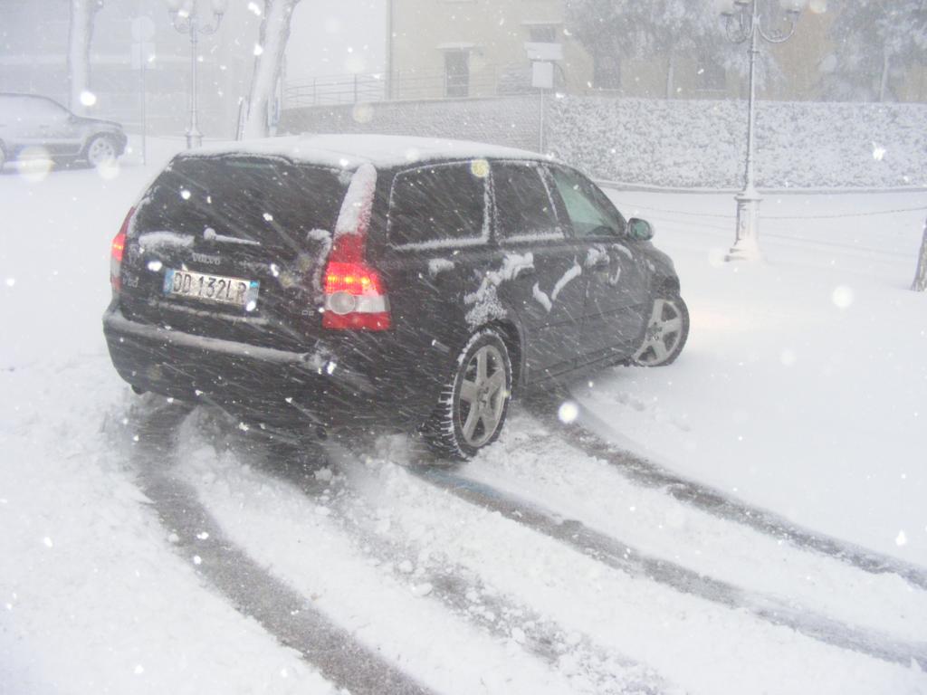 Foto della nevicata del 31-01-2010 Paolo61 con la collaborazione di Niko e Andrew183-dscf0816_1024x768.jpg
