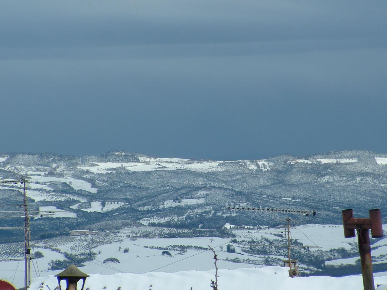 Volterra fotoreportage neve 9/10 marzo 2010..l'apoteosi nevosa!!-foto-mattina-volterra-10-marzo-2010-2-7-.jpg