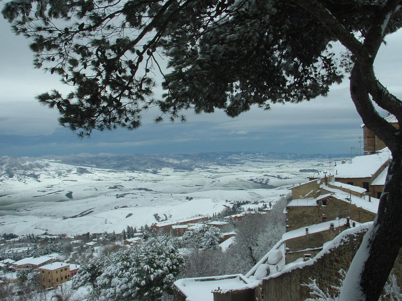 Volterra fotoreportage neve 9/10 marzo 2010..l'apoteosi nevosa!!-foto-mattina-volterra-10-marzo-2010-2-13-.jpg