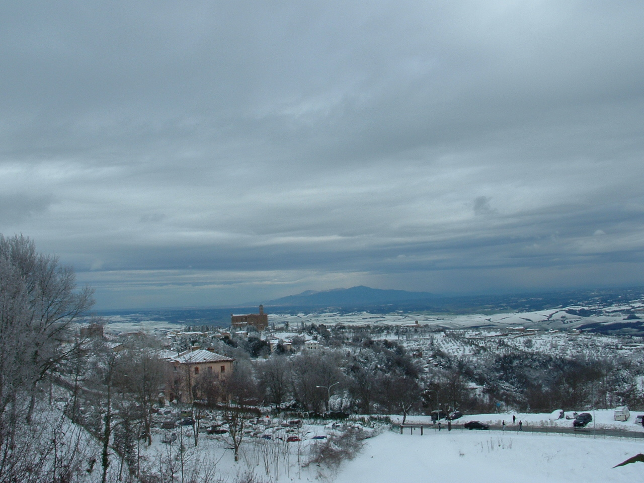Volterra fotoreportage neve 9/10 marzo 2010..l'apoteosi nevosa!!-foto-mattina-volterra-10-marzo-2010-2-15-.jpg