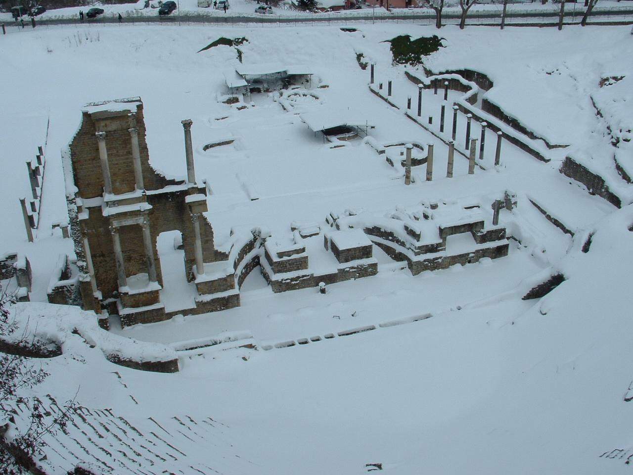 Volterra fotoreportage neve 9/10 marzo 2010..l'apoteosi nevosa!!-foto-mattina-volterra-10-marzo-2010-2-19-.jpg