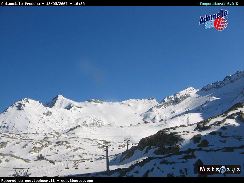 Ghiacciaio Presena 2009 Vs 2010-presena-ghiacciaio-05-18-07.jpg
