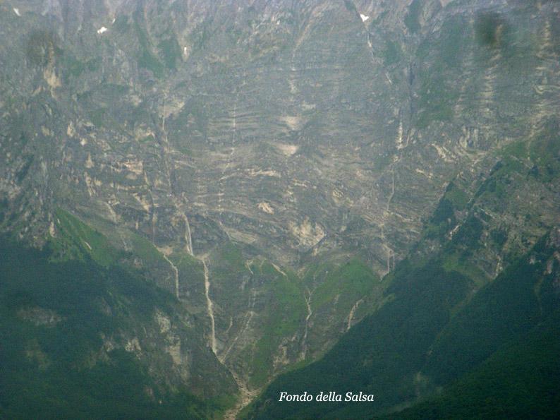 Situazione Nevai swettore Camicia Prena - Gran Sasso d'Italia - 12 agosto 2010-2b.jpg