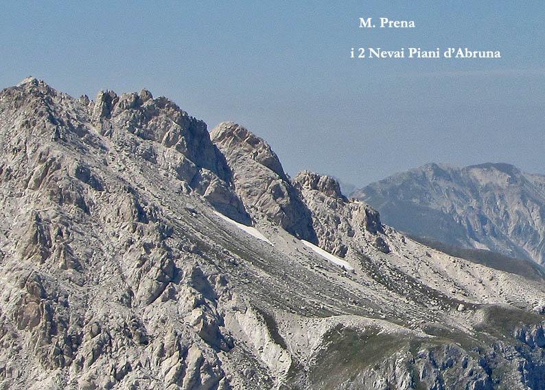 Situazione Nevai swettore Camicia Prena - Gran Sasso d'Italia - 12 agosto 2010-cam3bis.jpg