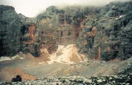 Ghiacciaio o Rock Glacier di Croda Rossa d'Ampezzo-cadin_del_ghiacciaio_1_gambeinspalla.it.jpg