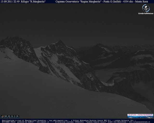 Nuova webcam sul tetto d'Europa. Capanna Margherita 4554m!-monterosa_night.jpg