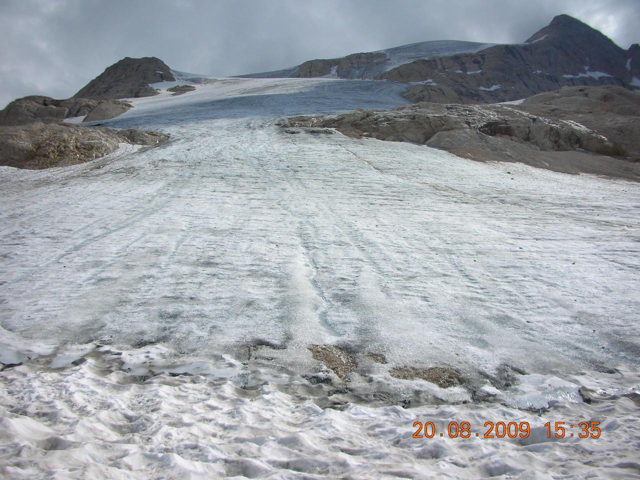 Il calo del ghiacciaio della Marmolada-settembre-2011.jpg