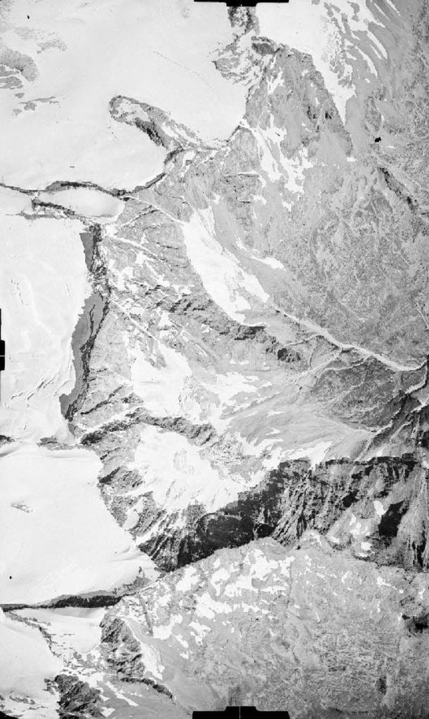 Vecchie foto aeree dei ghiacciai delle Alpi Graie (2/5)-mulinet-26.08.1948.jpg