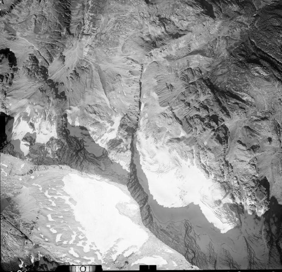 Vecchie foto aeree dei ghiacciai delle Alpi Graie (2/5)-nel-26.09.1967.jpg