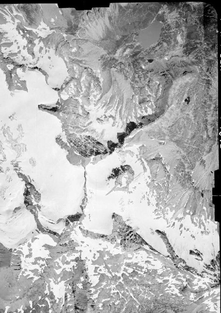 Vecchie foto aeree dei ghiacciai delle Alpi Graie (2/5)-capra-losa-carro-26.08.1948.jpg