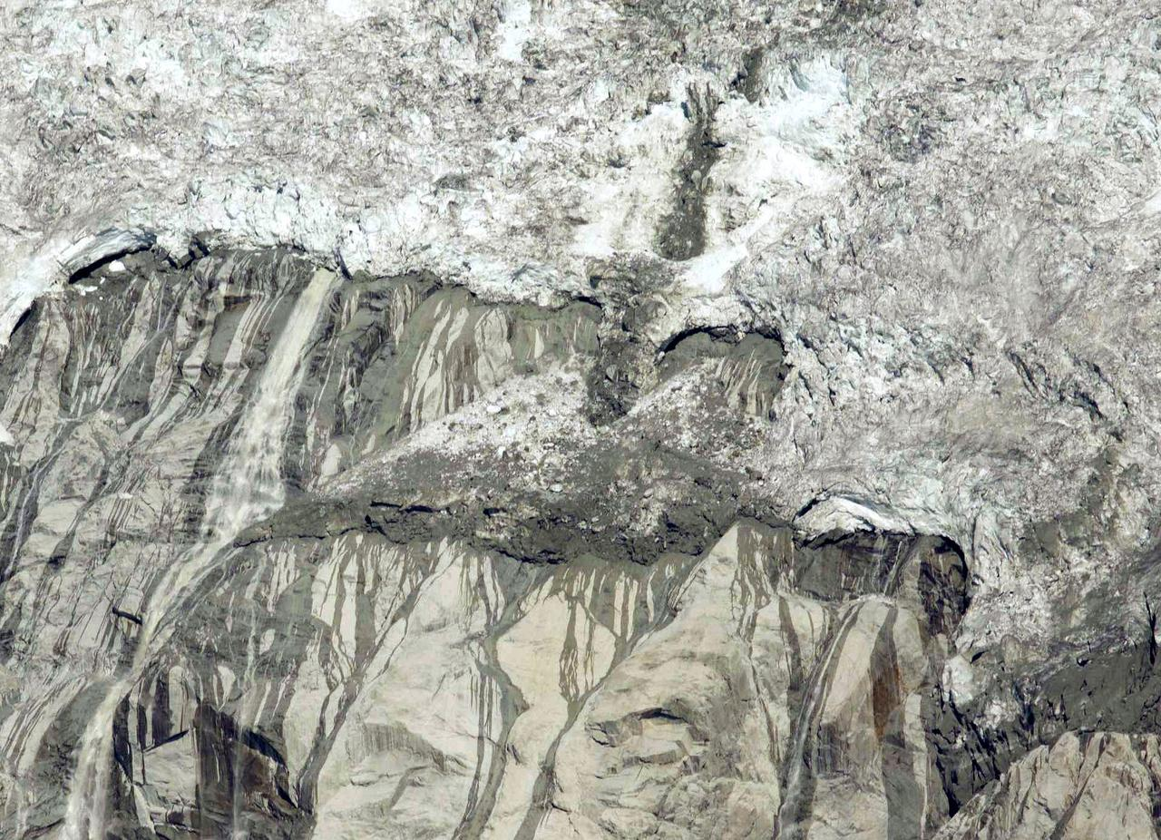 Il Ghiacciaio della Brenva (tesina as.2011/2012)-20060624.jpg