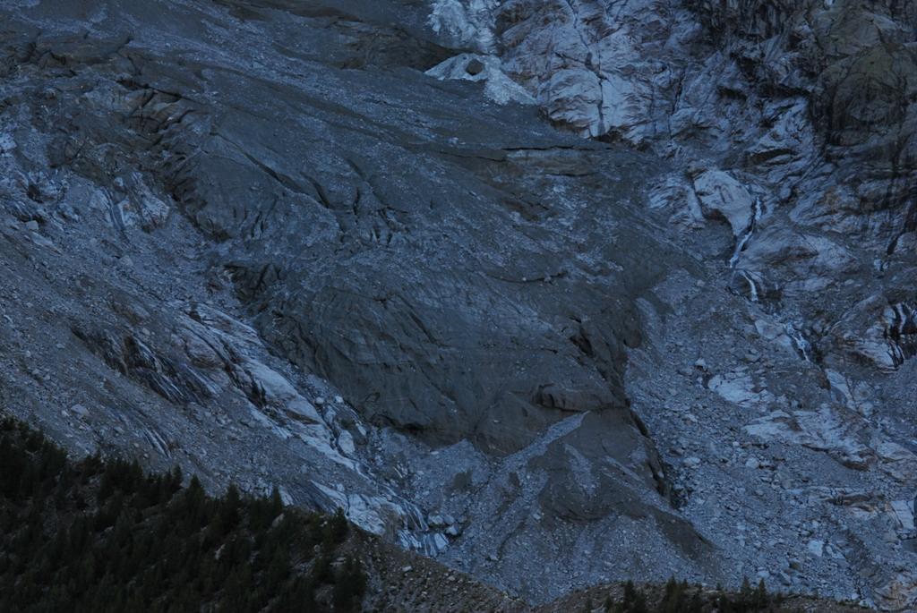 Il Ghiacciaio della Brenva (tesina as.2011/2012)-dsc_1166.jpg