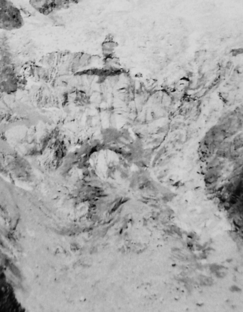 Il Ghiacciaio della Brenva (tesina as.2011/2012)-2005.jpg