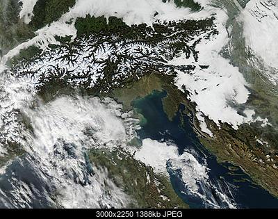 Il tempo a Lubiana e nella regione della Carniola, Slovenia.-aeronet_venise.2014327.aqua.250m.jpg