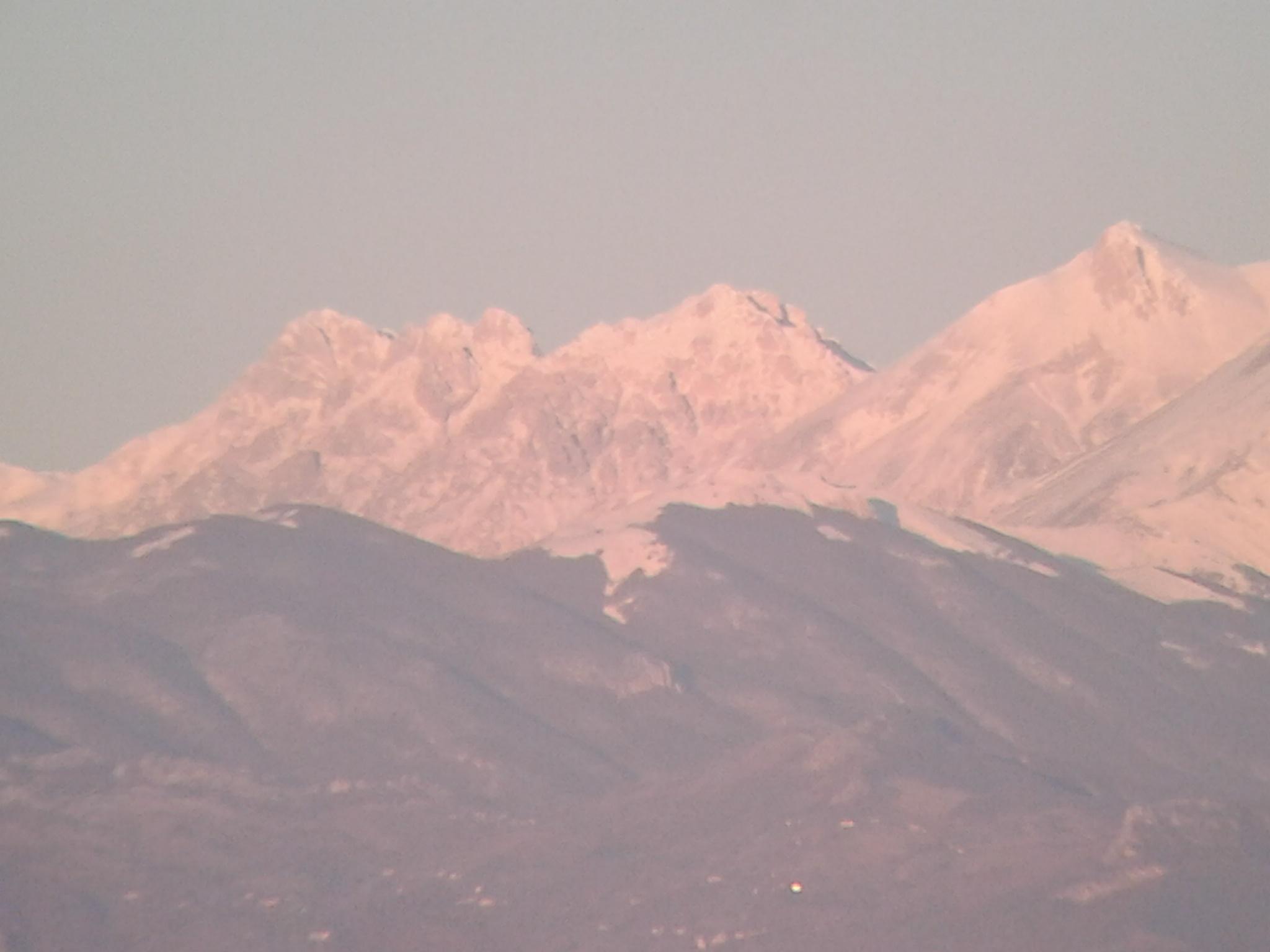 Nowcasting nivoglaciale Appennini dall' inverno 2014 all'inverno 2015-gran-sasso.jpg