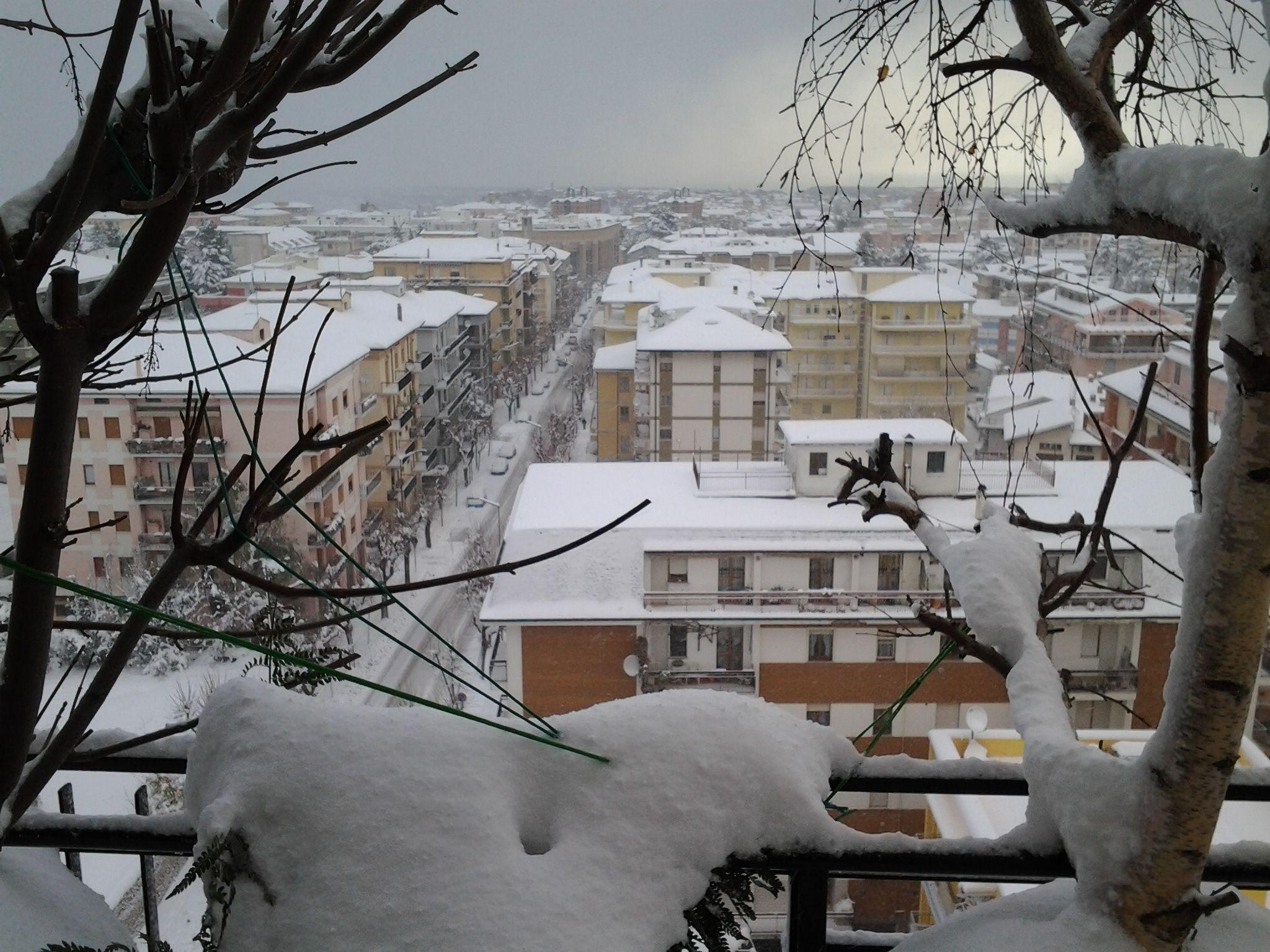 neve di questi giorni (colline adriatiche-Abruzzo)-foto3248.jpg
