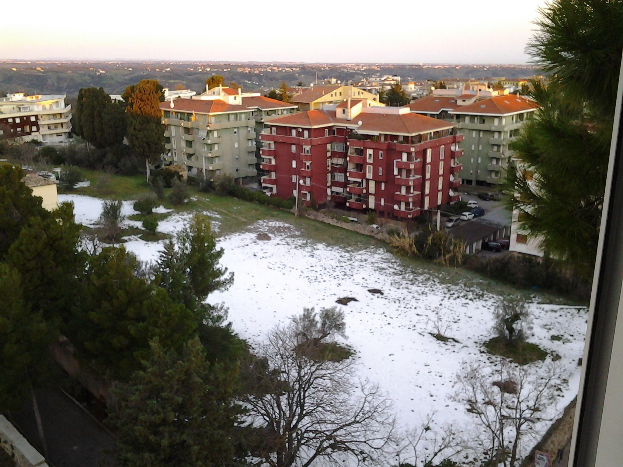 Nowcasting nivoglaciale Appennini dall' inverno 2014 all'inverno 2015-foto3357.jpg