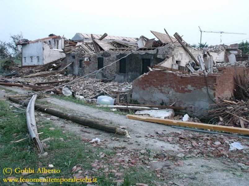 Tornado a Mira e Dolo (VE)-2015_07080210.jpg