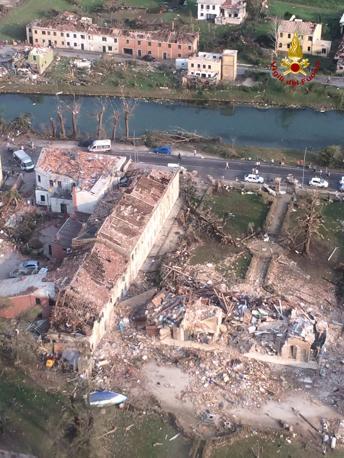 Tornado a Mira e Dolo (VE)-villa_fini_672-458_resize.jpg