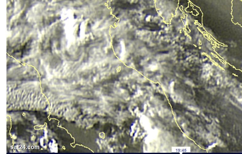 Nowcasting Romagna dal 10 al 16 agosto-weather_europe-_satellite_weather_europe-_weather_forecast-_rainfall-_clouds-_sun_in_europe_-_sa.jpg