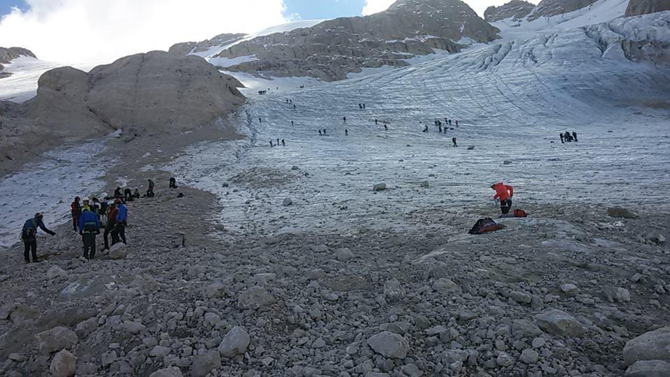 Il calo del ghiacciaio della Marmolada-marmolada-19-sett-2015.jpg