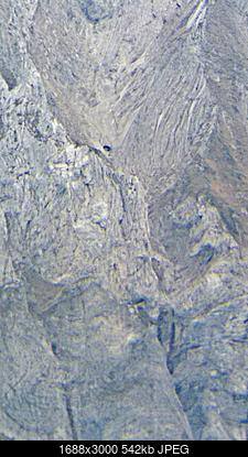 Situazione Nevai swettore Camicia Prena - Gran Sasso d'Italia - 12 agosto 2010-picsart_10-25-12.50.28.jpg