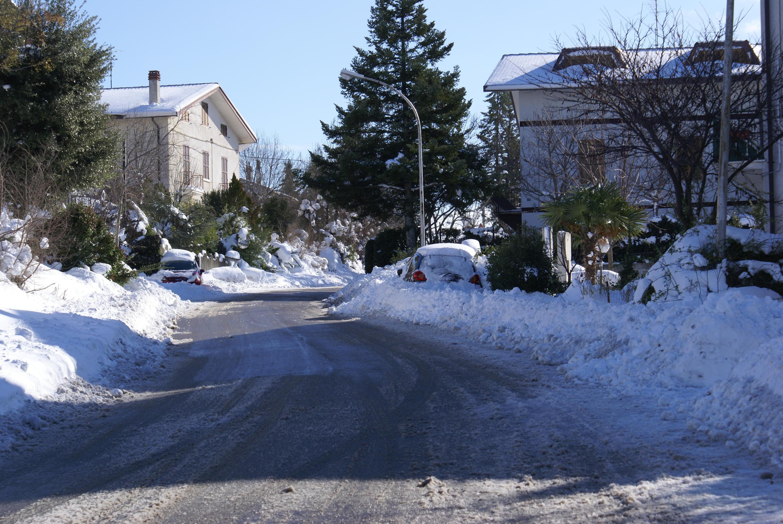 neve di questi giorni (colline adriatiche-Abruzzo)-dsc05356.jpg