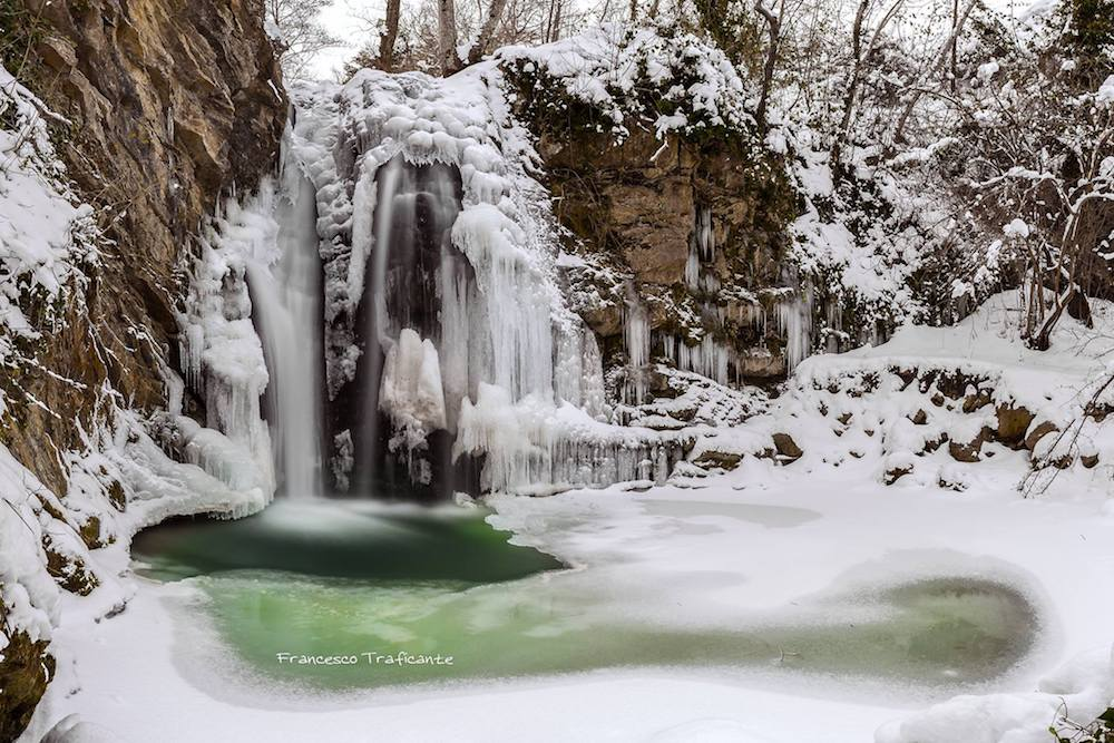 Gelo e neve d'Epifania 2017_qui tutte le FOTO e i VIDEO-cascate-san-fele_francesco-traficante.jpg
