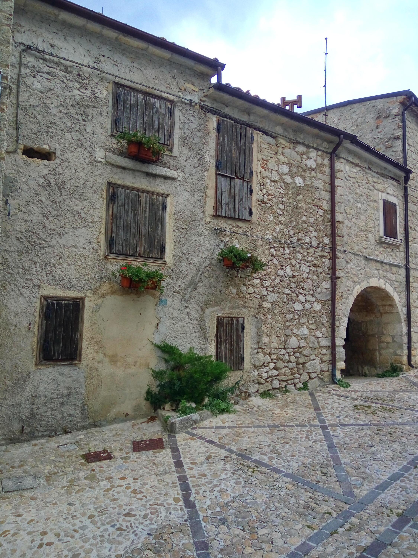 Roccacaramanico-img_20171003_174435_hdr.jpg