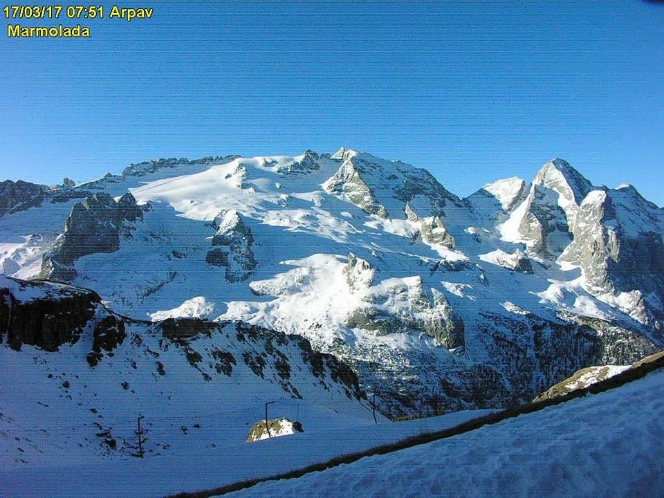 Il calo del ghiacciaio della Marmolada-17361708_10212333025990568_5365102715118775904_n.jpg