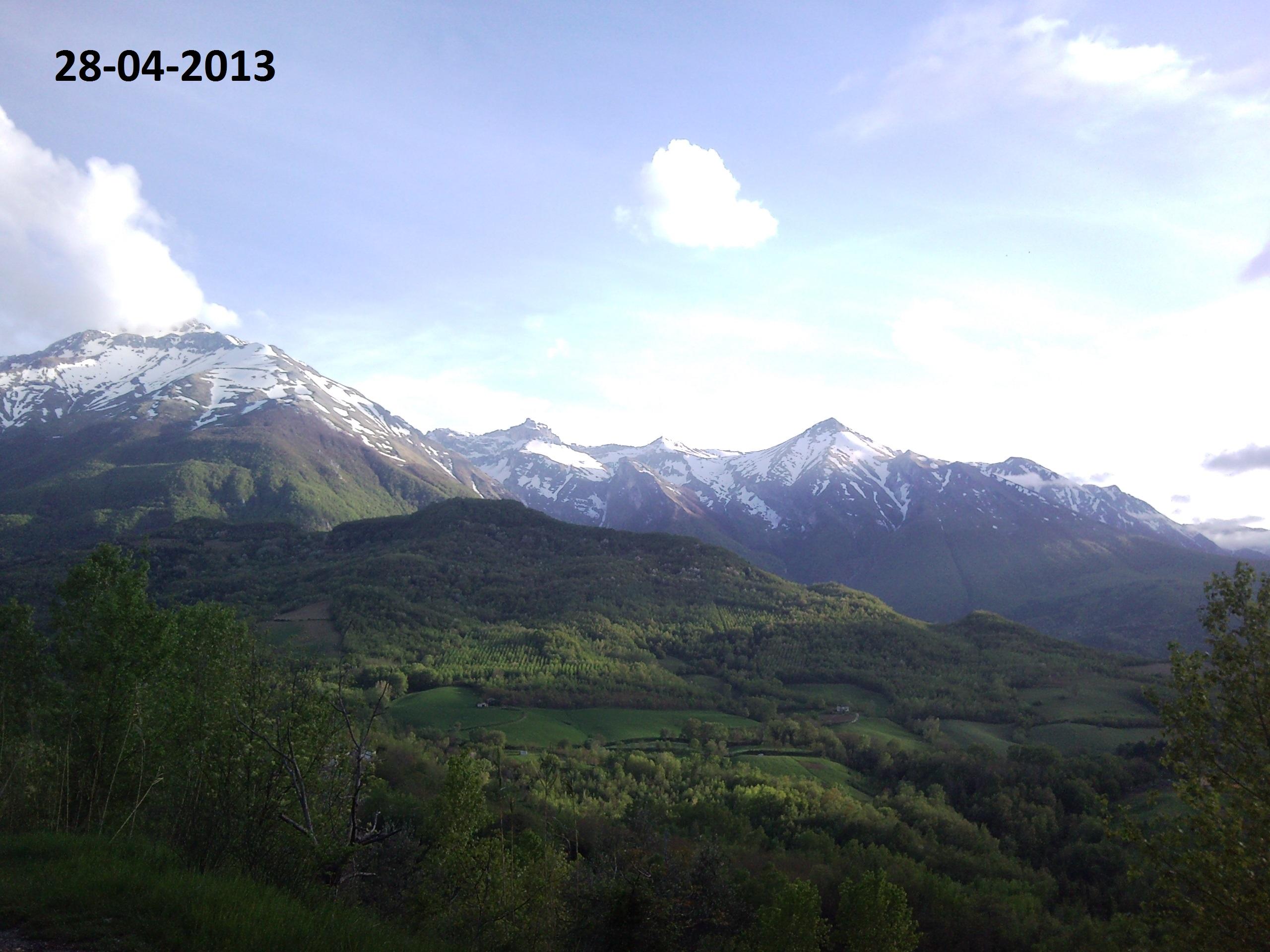 Situazione Nevai swettore Camicia Prena - Gran Sasso d'Italia - 12 agosto 2010-28-04-2013.jpg