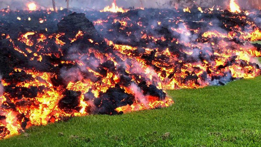 Eruzione vulcano Kilauea - Maggio 2018-32186830_1689582491131936_9053378369445429248_n.jpg