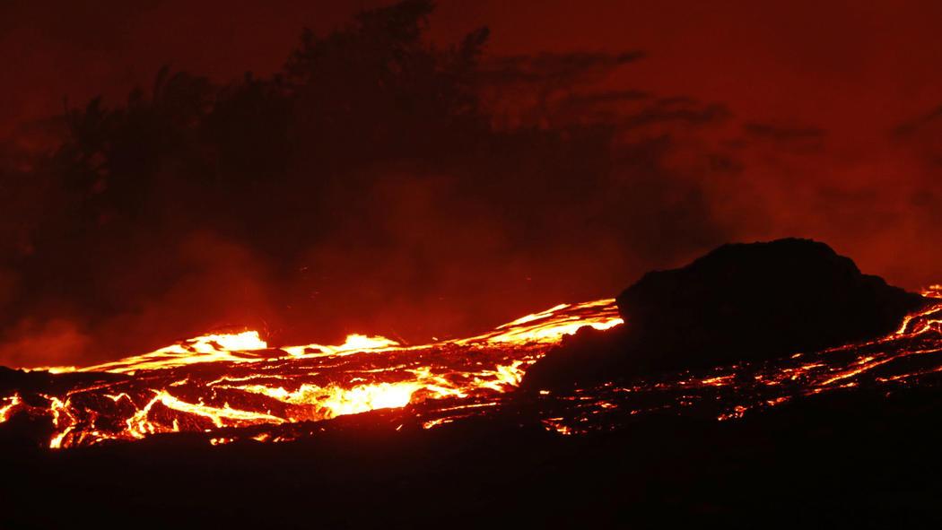 Eruzione vulcano Kilauea - Maggio 2018-ct-kilauea-volcano-erupts-20180504-052.jpg