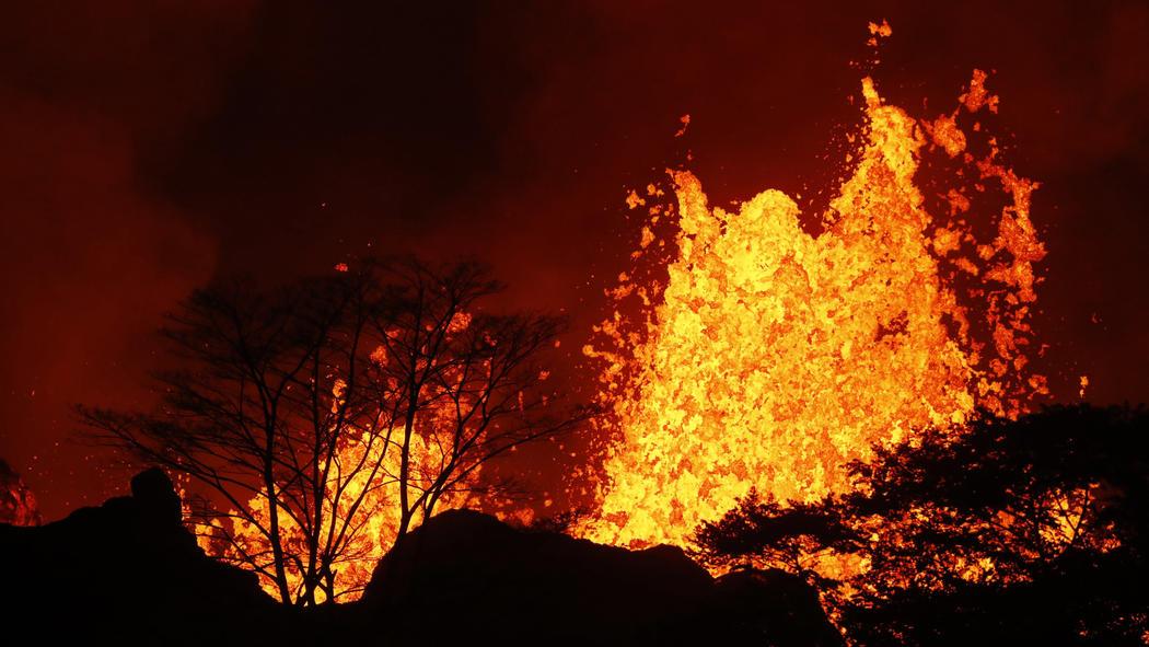 Eruzione vulcano Kilauea - Maggio 2018-ct-kilauea-volcano-erupts-20180504-050.jpg