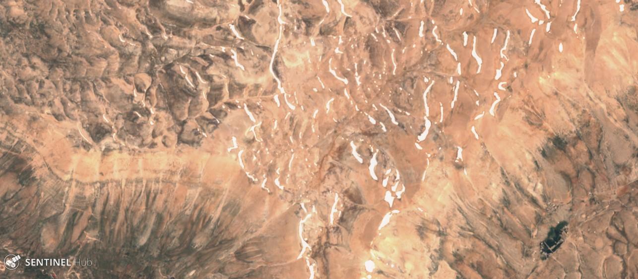Catena del Libano - Situazione neve attraverso le stagioni-sentinel-2-image-on-2018-06-10.jpg