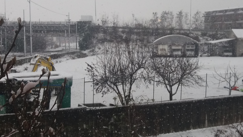 Nevicate inverno 2017-18 a Carmagnola (TO)-20171202_092336-1-.jpg