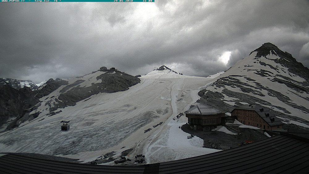 Nowcasting nivoglaciale Alpi estate 2018-stelvio-piste-06-29-18-affioramenti-notevoli.jpg