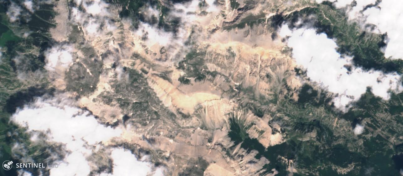 Monitoraggio innevamento monti italiani tramite il satellite Sentinel-sentinel-2-image-on-2018-07-12.jpg