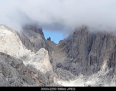 Ghiacciaio Travignolo:foto 1930 e adesso.-20180915_103703.jpg