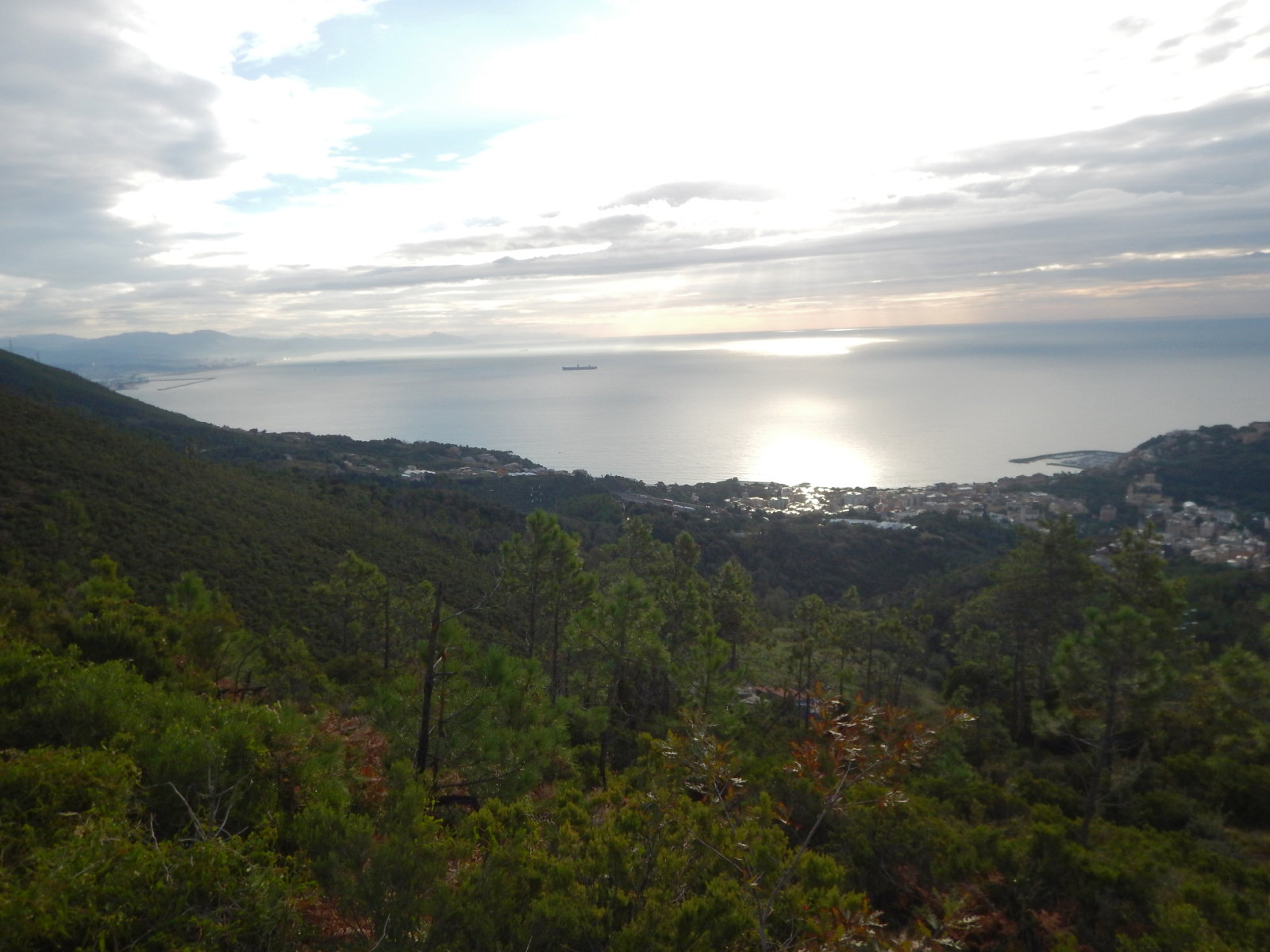 Parco naturale regionale del Beigua - Monte Reixa da Arenzano-2sajprk.jpg