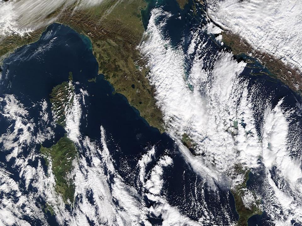 Galleria fotografica neve 03-04 gennaio 2019-aeronet_rome_tor_vergata.2019004.terra.1km.jpg