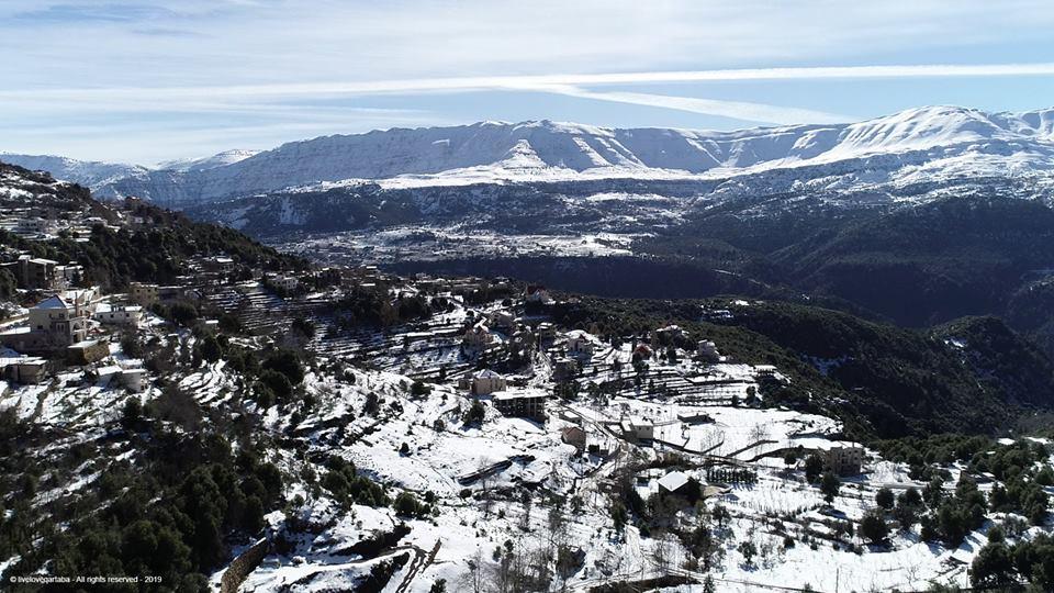 Catena del Libano - Situazione neve attraverso le stagioni-50003295_282607945738762_5579794637905723392_n.jpg