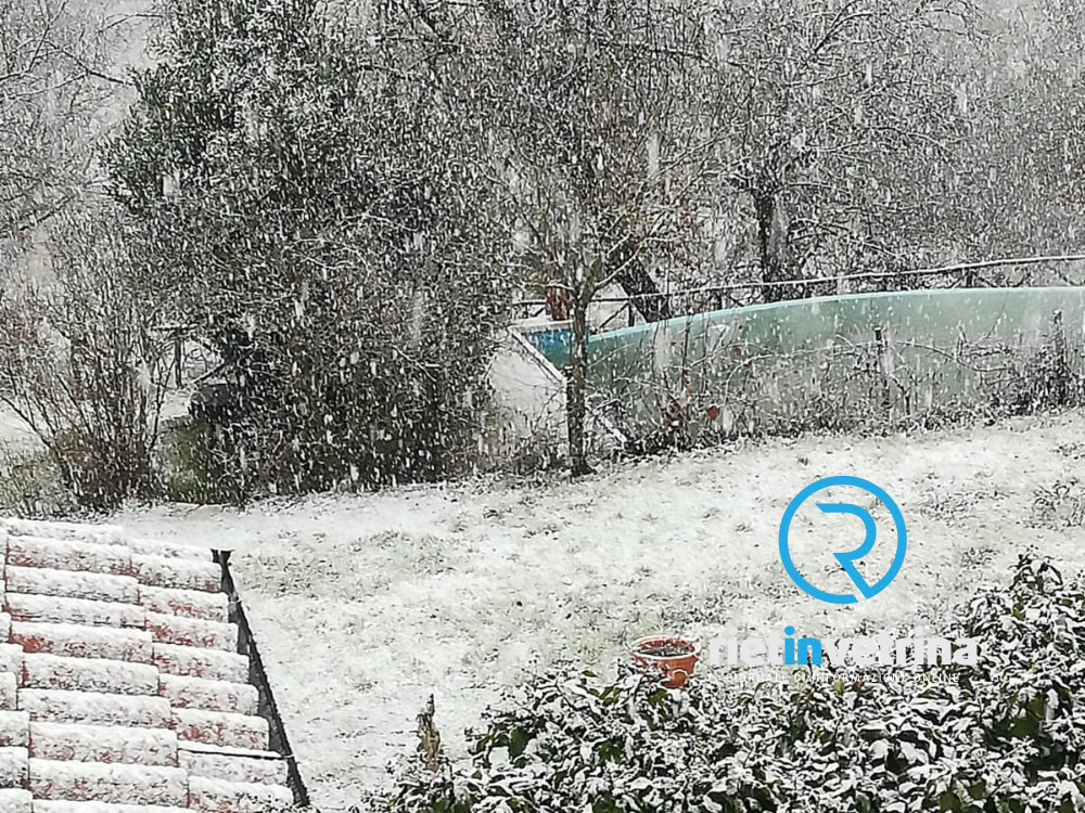 Nowcasting Italia centrale 21-30 gennaio 2019-neve_nevica_a_fonte_colombo_22_01_19_bis.jpg